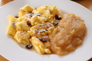 Kaiserschmarrn w/ applesauce (South German / Austrian cuisine)