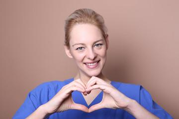 krankenschwester lächeln