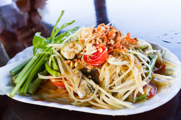 thai style papaya salad