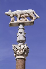 Romulo and Remo sculpture - Sienna