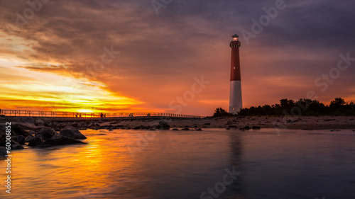 Foto op Aluminium Vuurtoren / Mill Barnegat Lighthouse at sunset