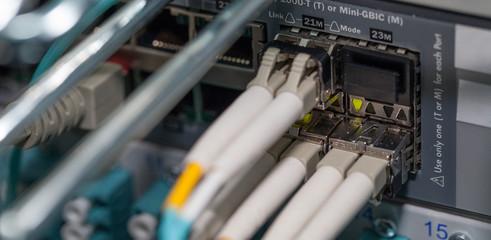 IT Lichtwellen Server Cloud Internet