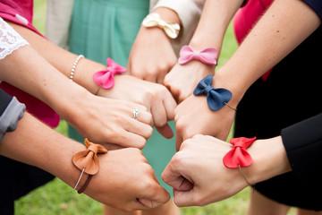 Les bracelets des demoiselles d'honneur