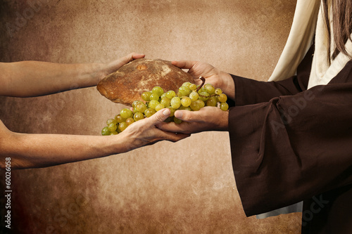Jesus gives bread and grapes