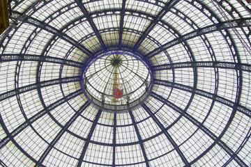 Galleria Vittorio Emanuele Milano detail color image