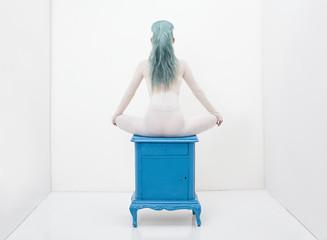 minimal back