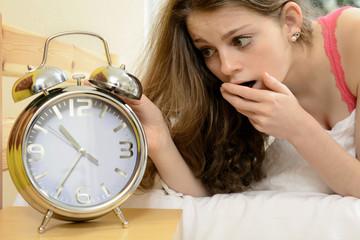 Teenager hat verschlafen