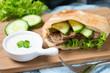 Pita mit Sojafleisch und Gemüse
