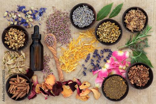 Fotobehang Assortiment Naturopathic Medicine