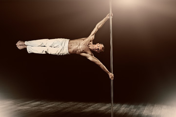 strong male pole dance