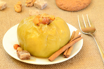 Baked apple with raisins