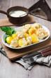 Blumenkohl und Kartoffeln mit gerösteten Semmelbröseln