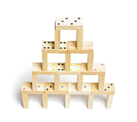 Dominoes construction