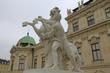 Skulptur Bändiger des Rosses vor Schloss Belvedere in Wien (2)