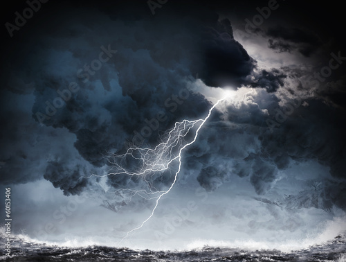 Staande foto Zee / Oceaan Storm at night