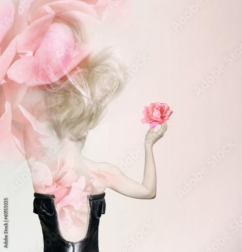 In rose petals - 60155035