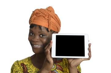 Afrikanische Frau mit Tablet PC