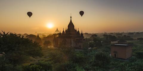 Sun rises in Bagan, Myanmar