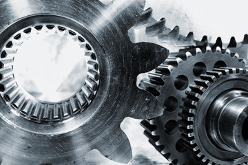 gears and cogwheels used in the aerospace industry
