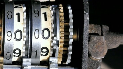 Analog Gear Number Counter Macro