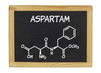 chemische Strukturformel von Aspartam auf einer Schiefertafel