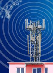 Mobilfunksendeanlage auf Mehrparteienhaus