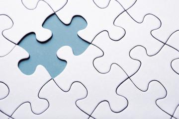 fehlendes Puzzleteil auf blau