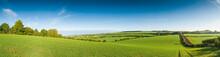 "Постер, картина, фотообои ""Idyllic rural landscape, Cotswolds UK"""