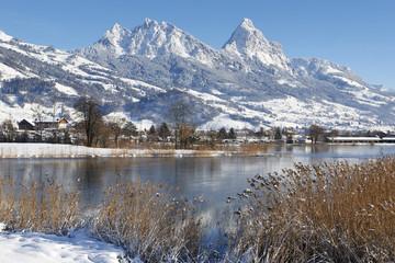 Mountains, Lake Winter