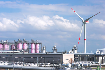 Gas storage facility and wind energy