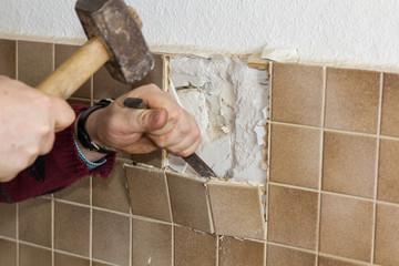 Küchenrenovierung - Fliesen entfernen