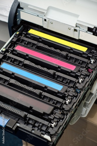 Color laser printer toners cartridges