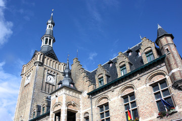 Bailleul - Hôtel de ville et Beffroi