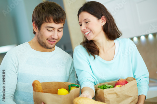 Couple with packets