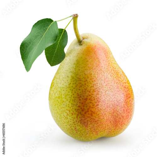 Papiers peints Fruits Pear with leaf isolated on white background