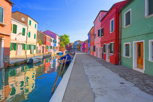 Fototapeta multicolored houses on Burano island. Venice. Italy.