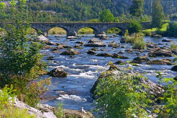 Egersund, Fluss mit Bogenbruecke