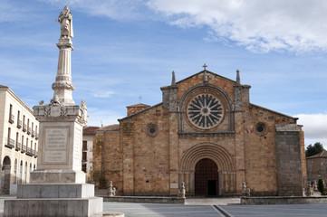 Iglesia de San Pedro (Avila, España)