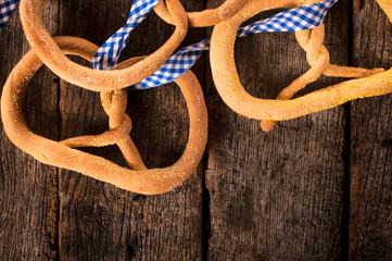 Linseed pretzel