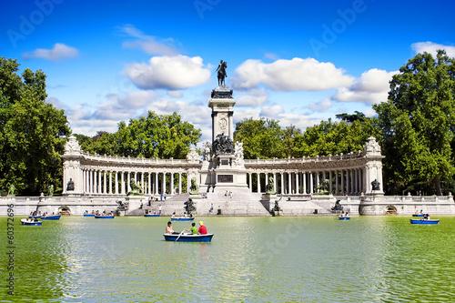 El retiro park in Madrid, Spain. - 60372696
