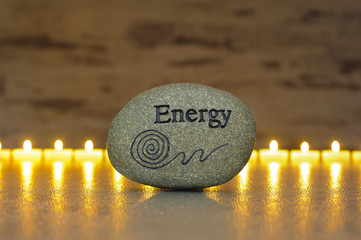 Japanischer Garten mit Stein der Energie