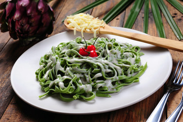 Spinach noodles