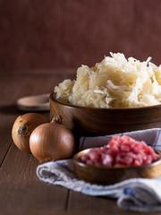 Rohes Sauerkraut in einer Holzschale
