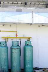 cooking gas tank with ventulation tunnel