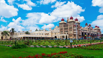 Mysore. The main palace complex. time-lapse