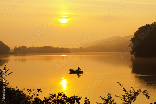 Tuinposter Vissen Fishing in Morning Fog