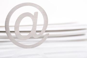 アットマークとメール