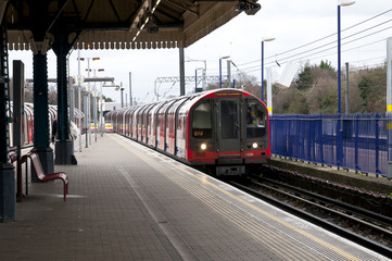 Ealing Broadway  London tube