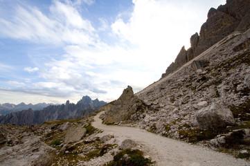 Wandweg in den Dolomiten - Alpen