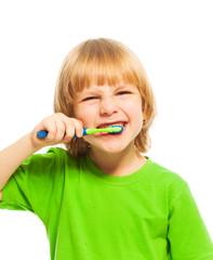Make your teeth clean